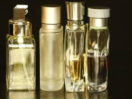 贴心品质完善服务 杰妆化妆品打造连锁零售终端